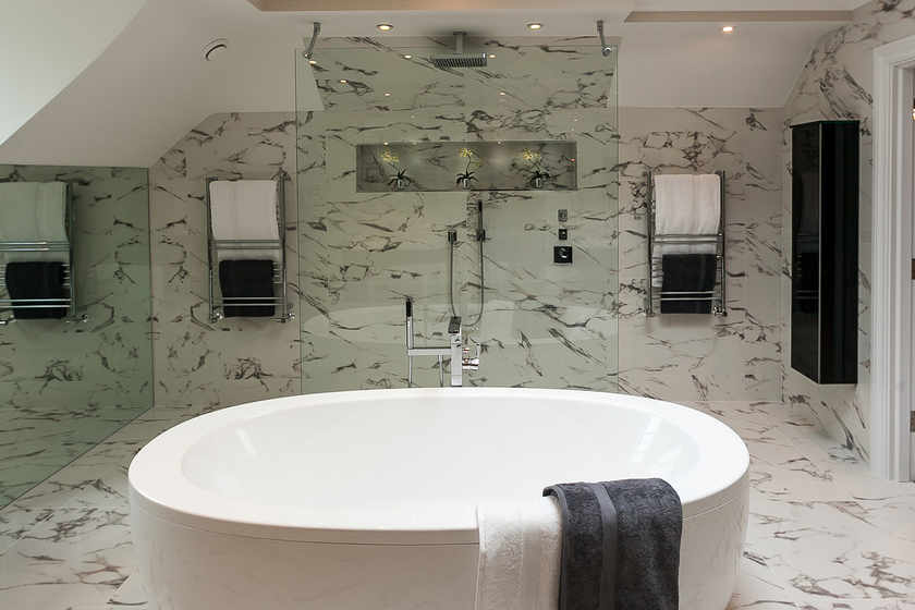 Contemporary Elegance In The Bathroom