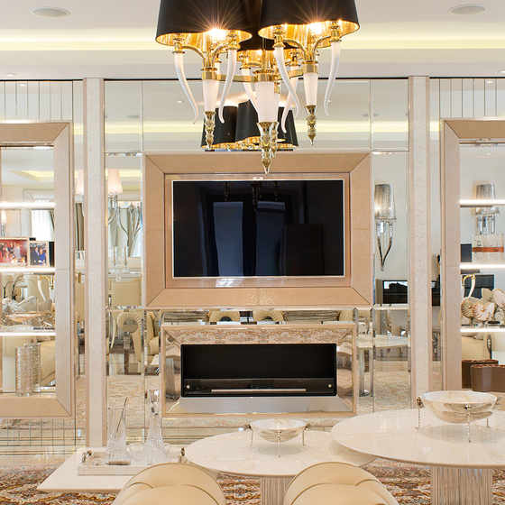 Extravagant-cool-luxury-is-a-hallmark-of-Hill-House-interior-designers1