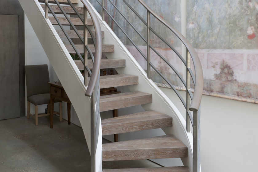 Bisca: Beautiful, Bespoke Staircase Design