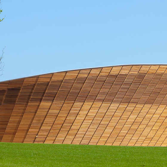 London-2012-velodrome-by-hopkins-architects-660x350