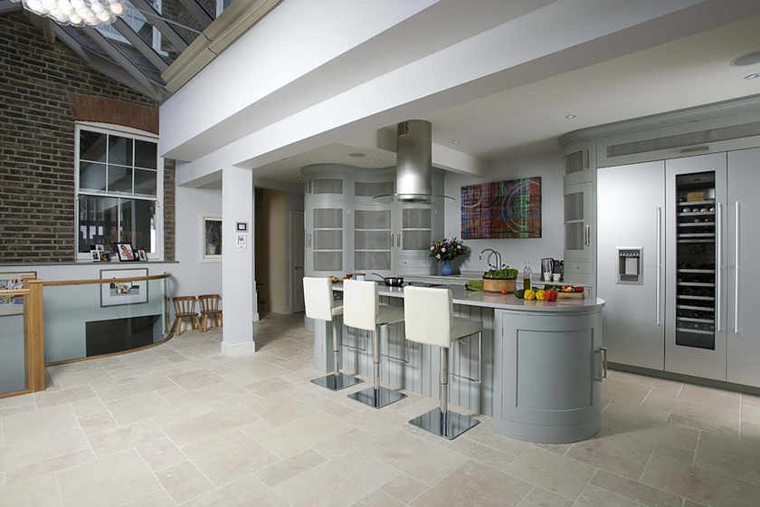 A Curvy Kitchen in Muswell Hill