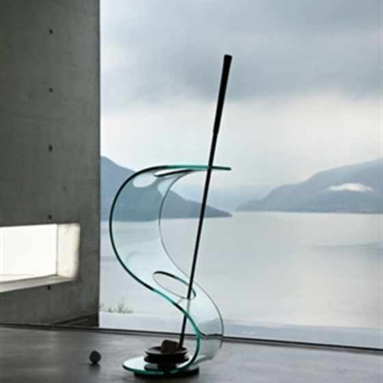 Cobra umbrella stand