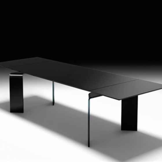 Ray Plus Black Extensible Table